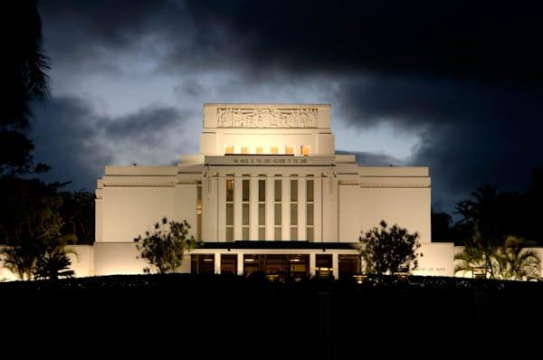 Laie Temple - Dark Clouds