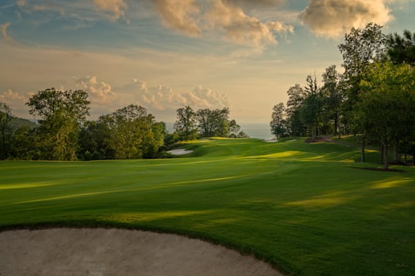 The Ledges, Huntsville, Alabama - 18th Hole at Sundown
