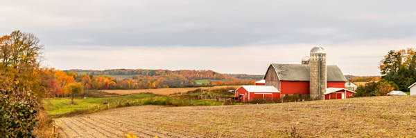 Autumn Barn - Best Fall Photos | William Drew Photography