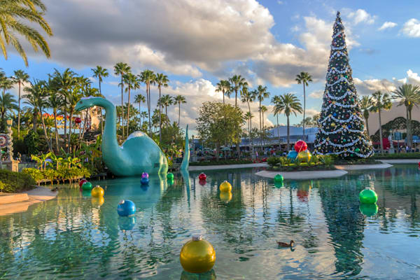 Hollywood Studios Christmas 3 - Disney World Christmas Photos