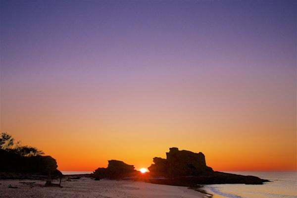 Peeking Over The Rocks - Nambucca Heads NSW Australia | Sunrise
