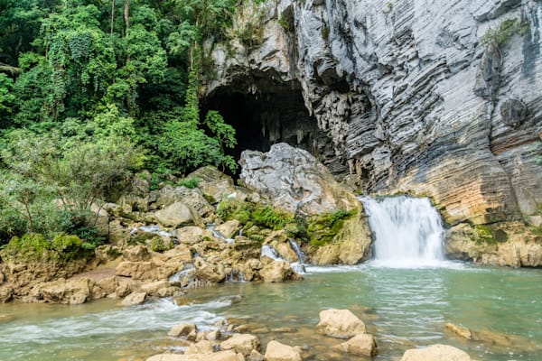 Cavern Falls - Waterfall Ken Cave Luc Ngan District Bac Giang Province Vietnam | Waterfall