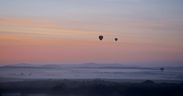 Aloft Morning Rising - Pokolbin Hunter Valley NSW Australia | Hot Air Balloon