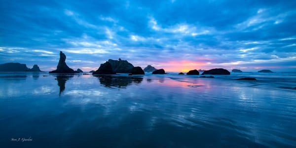 Bandon Beach Blue (1810291LNND8) Photograph for Sale as Fine Art Print