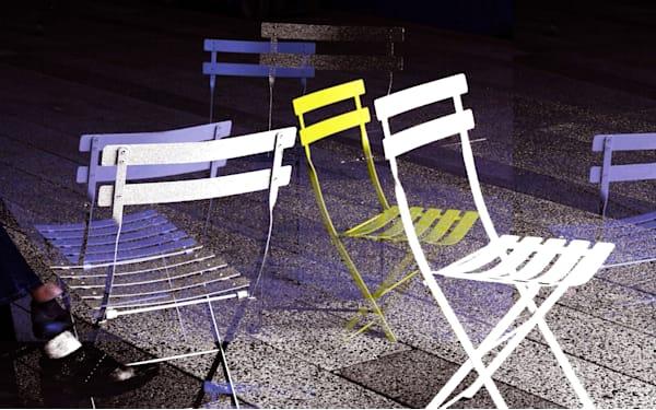 Chairs on Highline