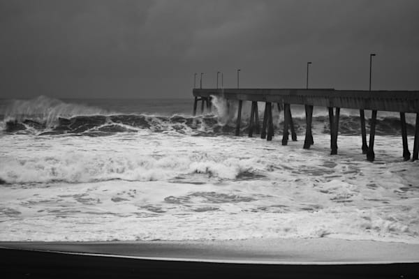 Colorless Waves Colliding with a Pier