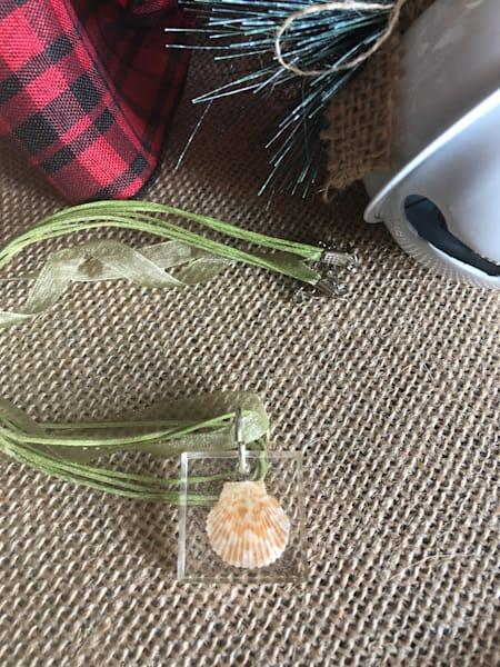 Resin Cast Mini Scallop Square Necklace