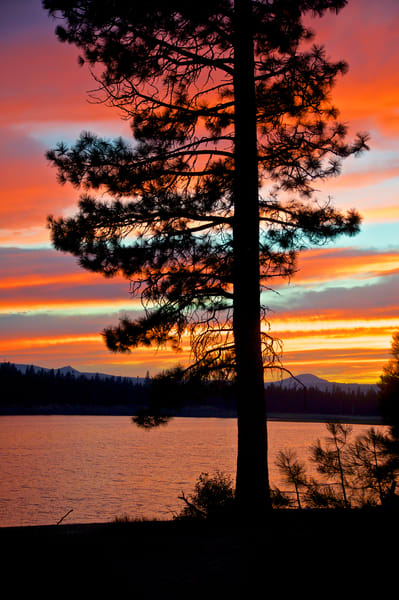 Twin Lakes, sunset, vibrant sunset, Oregon sunset, sunset at the lake