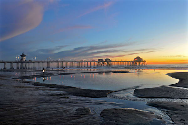 Huntington Beach Pier, low tide, Surf City, Orange County, surfing.
