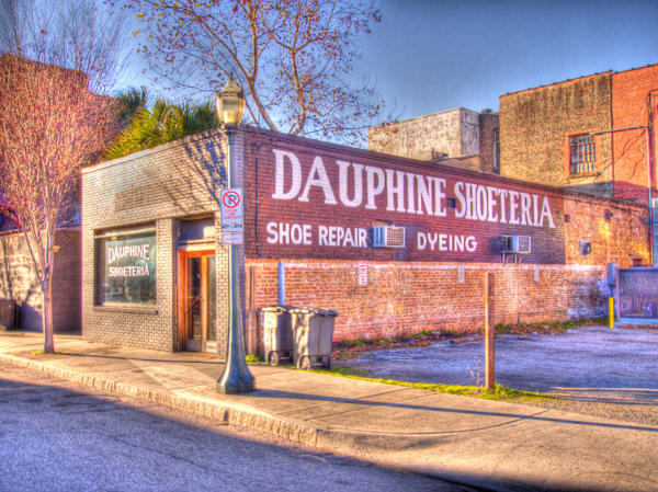 Dauphine Shoeteria - Mobile, Alabama