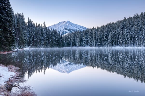 Todd Lake Winter Scene (1810294LNND8) Photograph for Sale as Fine Art Print
