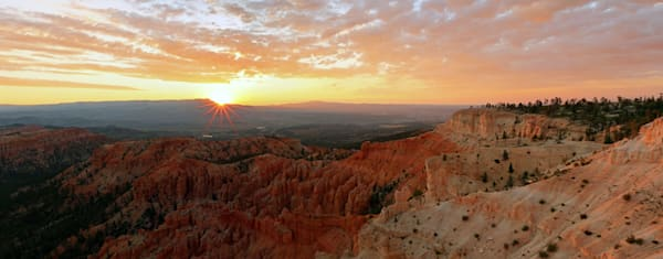 sunrise from bryce point