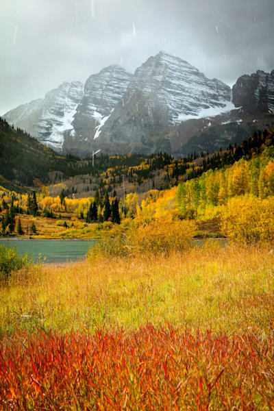 maroon bells with autumn snow