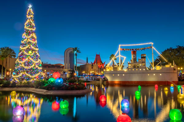 Echo Lake Christmas - Disney Christmas Photos