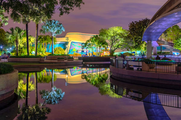The Living Seas - Epcot Pictures | William Drew Photography