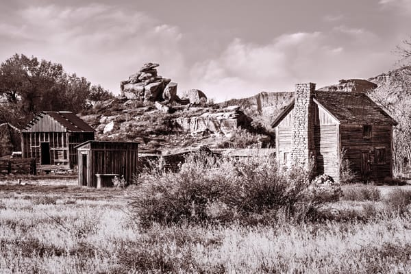 Castle Valley homestead Utah photography