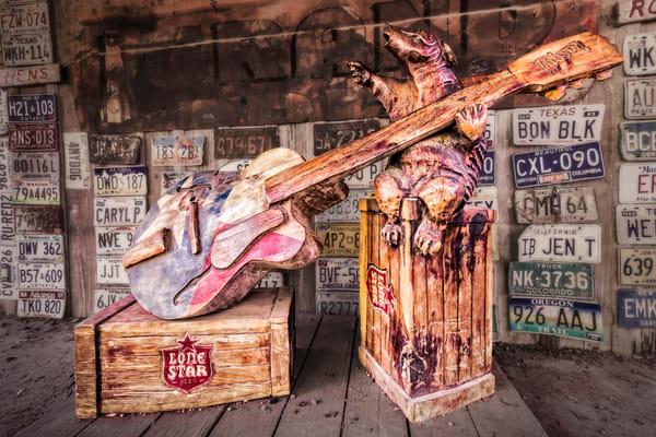 Luckenbach Texas armadillo sculpture photography