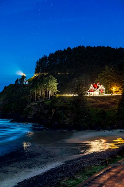 Heceta Head Lighthouse : Florence, Oregon - By Curt Peters