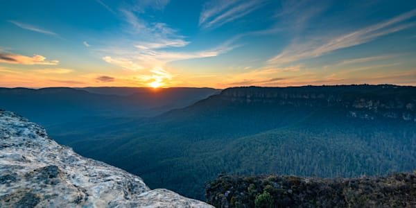 Sunset Light - Lincoln s Rock Wentworth Falls Blue Mountains National Park NSW Australia