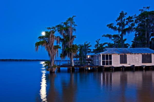 Louisiana swamp moonrise photography