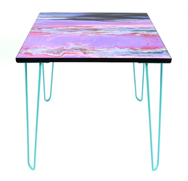 Niagara II on Mu Arae d end table