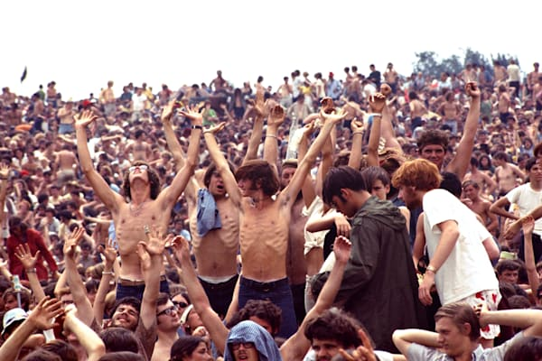 003 Woodstock crowd