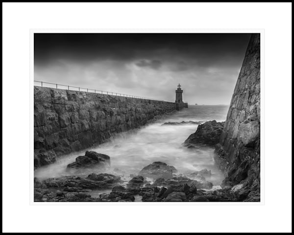 30 St Peter Port Lighthouse Art | Roy Fraser Photographer