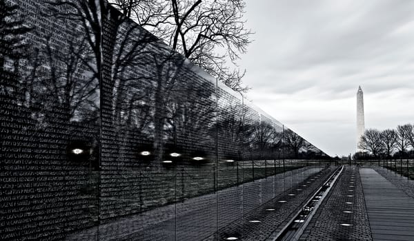 Vietnam Memorial | Landscape Photography - Steve and Sharon Smiths