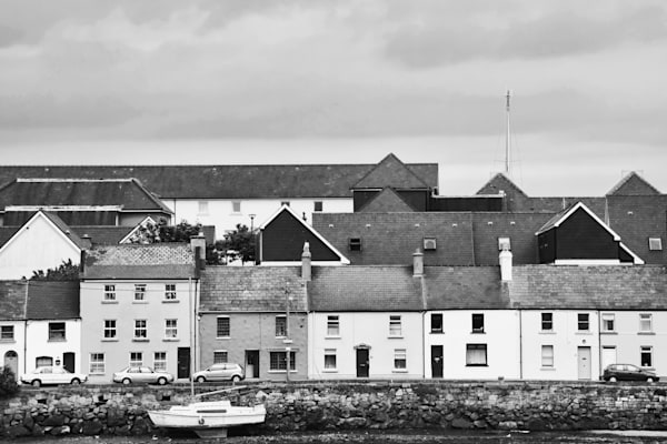 Dingle Ireland coast 2 368 bw.jpg