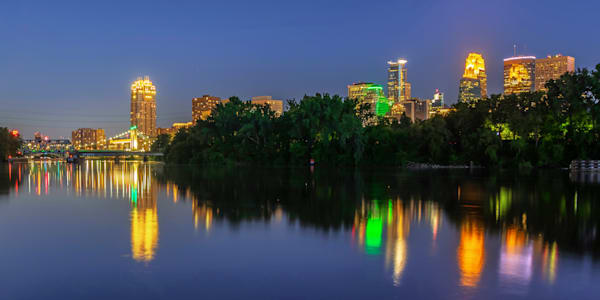Minneapolis Summer Reflections - Minneapolis Pictures