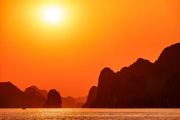 Sunset Ha Long Bay