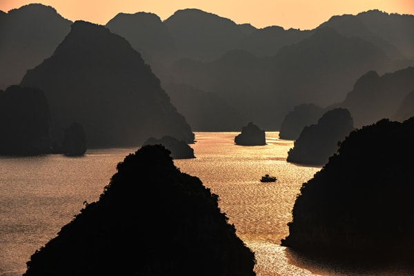 Ha Long Bay Islands Sunset