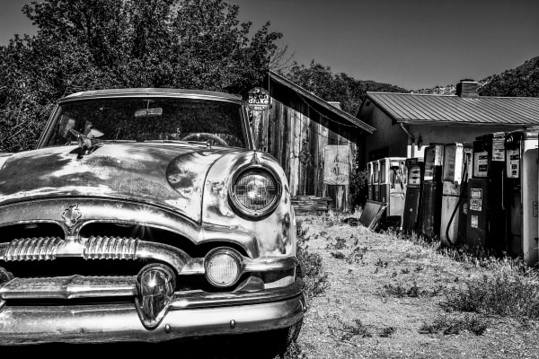 Grill and Gas;  Americana Photography by Shane O'Donnell
