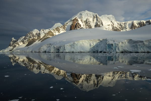 Glacial Reflection, Lemaire Channel