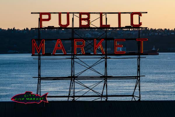 Seattle Market Art   Brandon Hirt Photo