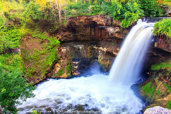 Minnehaha Falls - Scenic Wall Murals | William Drew Photography