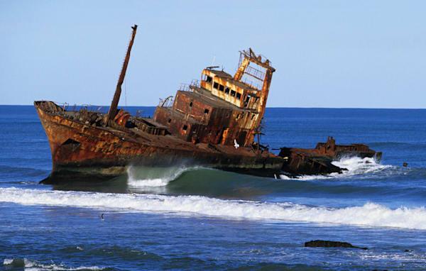 Shipwreck & Perfect Surf by Josh Kimball Photography