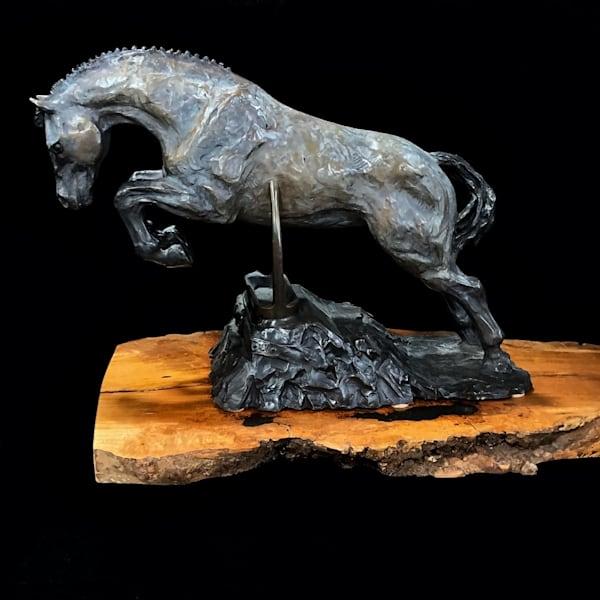 jumping bronze, bronze sculpture, world equestrian games, weg, discipline collection