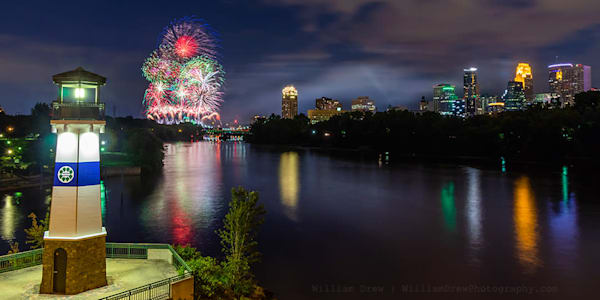 Aquatennial Fireworks 5 - Minneapolis Wall Murals | William Drew