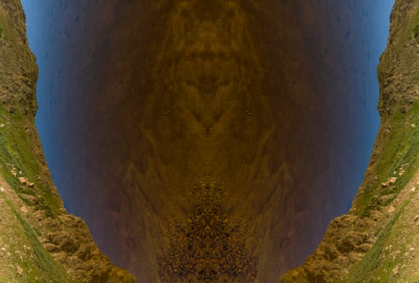ABS-T004 • Alpine Totem