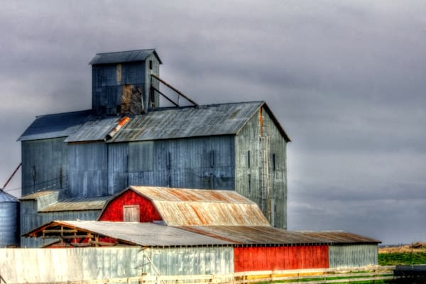 Red Shed and Elevator