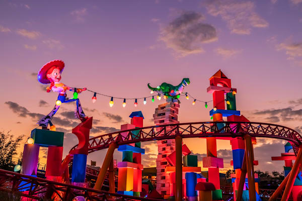 Slinky Dog Sunset - Toy Story Land Art | William Drew Photography