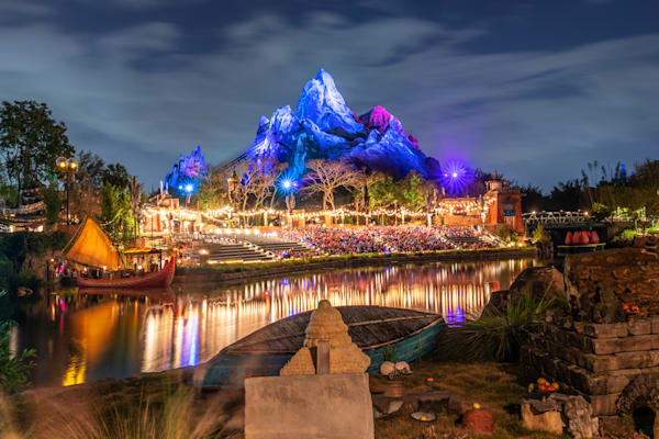 Expedition Everest Reflections - Animal Kingdom Photos | William Drew
