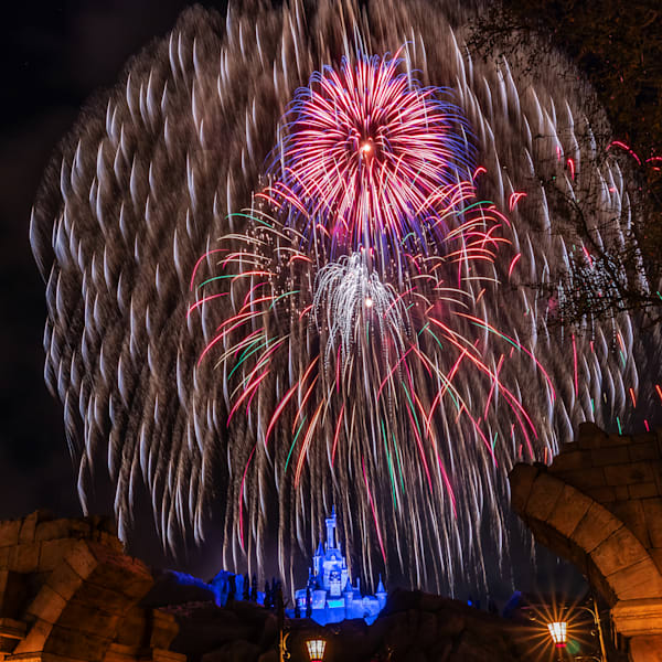 Be Our Guest Fireworks 2 - Pictures of Fantasyland | William Drew
