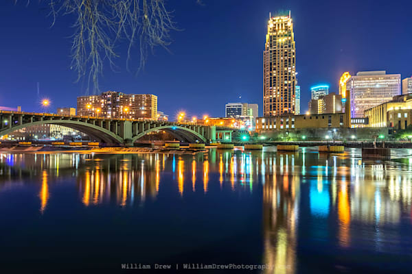 Carlyle Reflection - Minneapolis Wall Murals | William Drew Photography