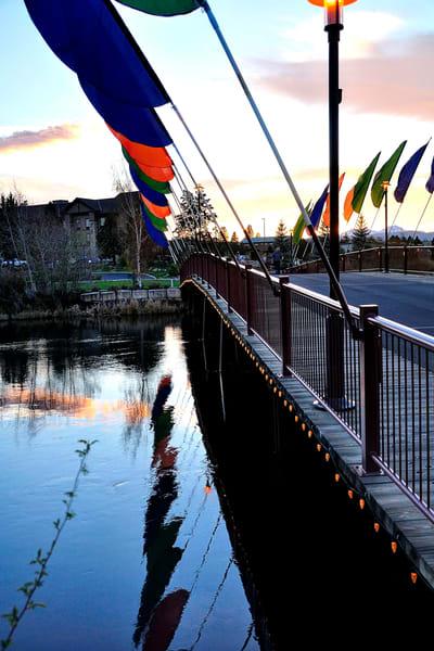Deschutes River Foot Bridge