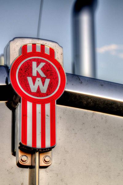 Kenworth Hood Logo
