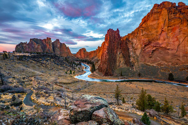 Smith Rock Sunrise (131042LNND8)