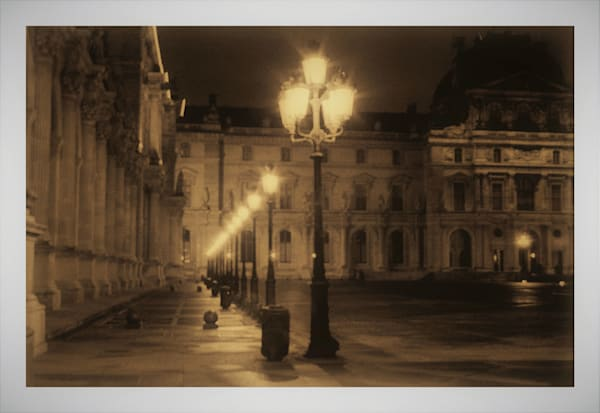 Louvre Sepia