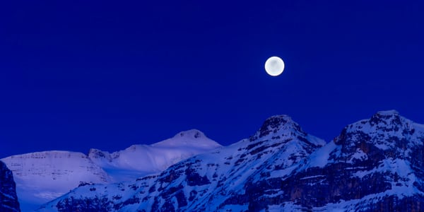 The Supermoon sets over the Waputik Range in Banff National Park|Canadian Rockies|